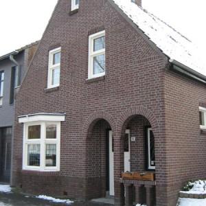 knipvoeg-kalk-cement_gevelrenovatie_nuenen_berbo-voegwerken-1