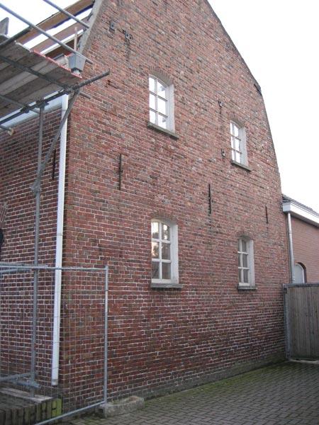 Berbo voegwerken oude meelfabriek in liempde berbo voegwerken - Oude huis gevel ...