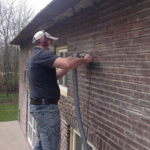 berbo-voegwerken_restauratie-boerderij_gevelrenovatie-voegen-3-w950